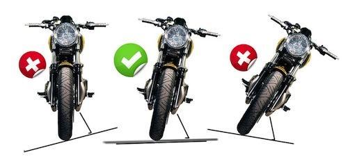 motosiklet park yan denge