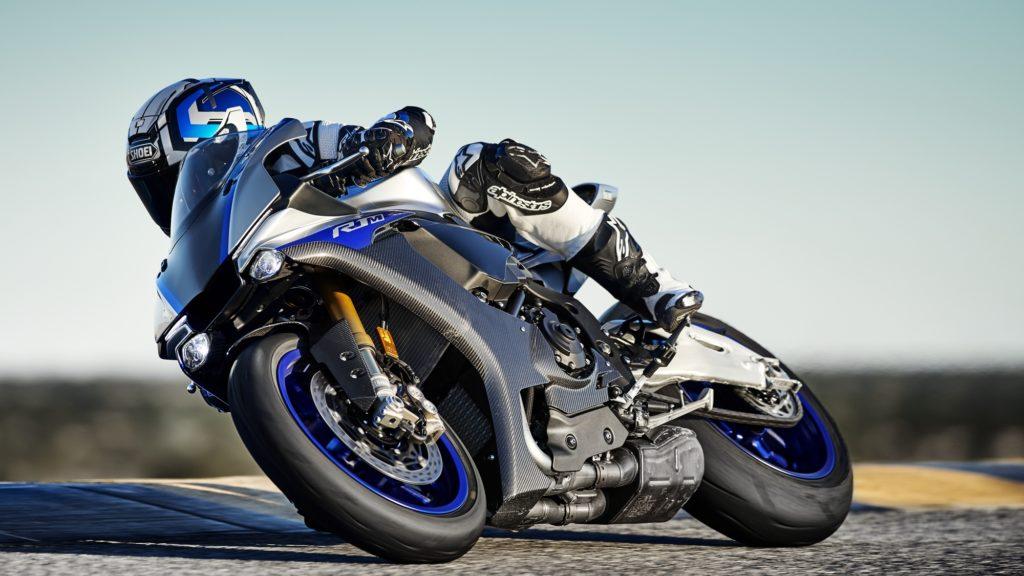 2019-Yamaha-YZF1000R1SPL-pist sağa dönüş