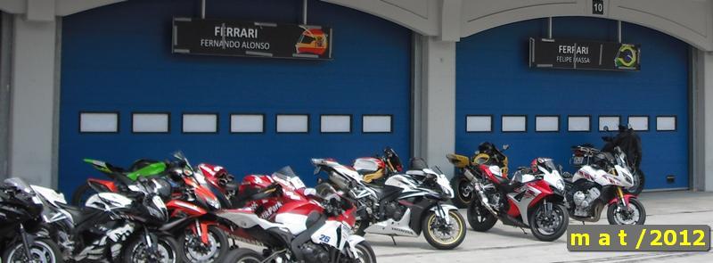 CFC istanbul park motosikletler padokta beklerken