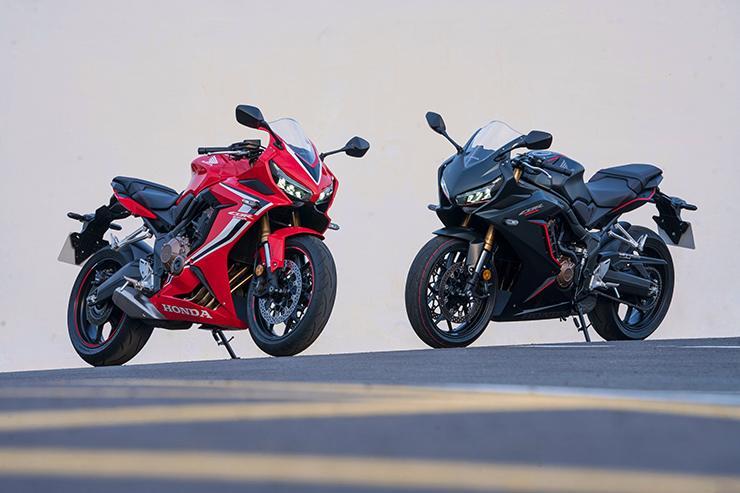 2019 Honda CBR650 * piste kırmızı ve siyah yanyana