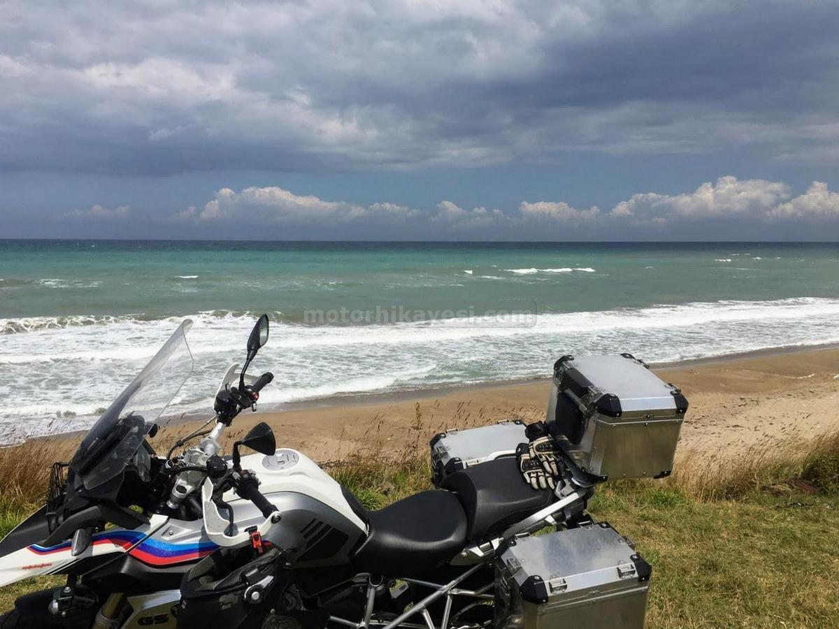 R1200GS-Sinop uzun yol değerlendirme sürüşü - Yeşilyurt-sahili - sol üst profila