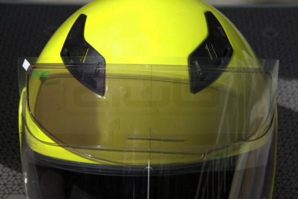 Kask Buğu Önleyici ve Güneş Vizörü filmi kararan vizör pinlock kask üzerinde ayrıntı