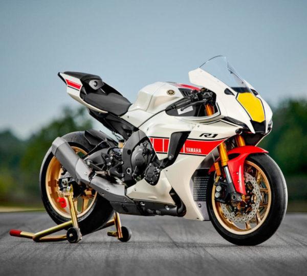 Yamaha 60. Yıl - R1 yakın çekim